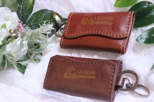 souvenir kantor Surabaya gantungan kunci kulit