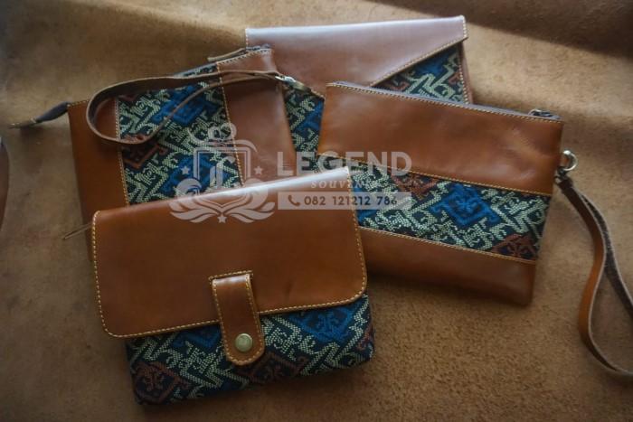 Cluttch Batik dan kulit asli