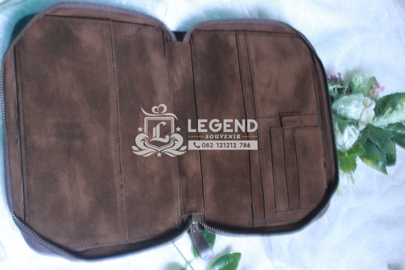 binder kulit souvenir depok