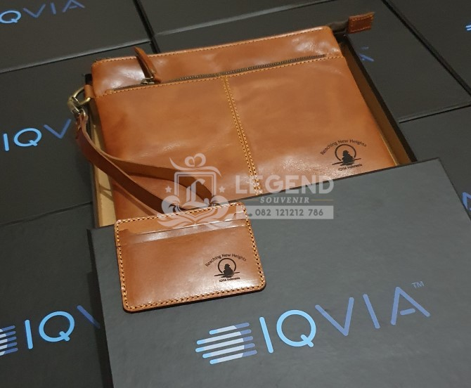 ide corporate gifts clutch