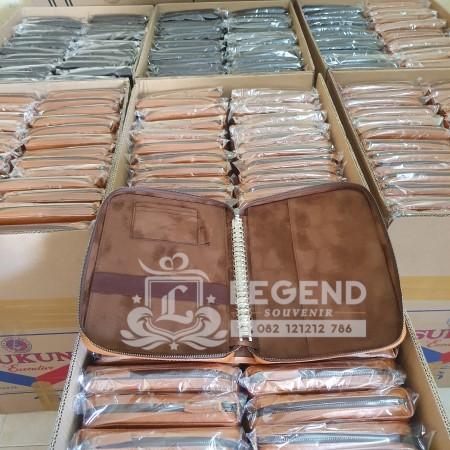 souvenir brading promosi binder kulit asli di semarang