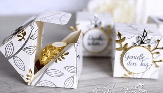 kotak isi coklat natal